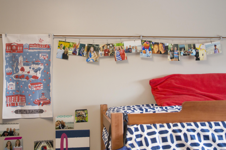 Preppy College Dorm Room Tour - Hannah With A Camera